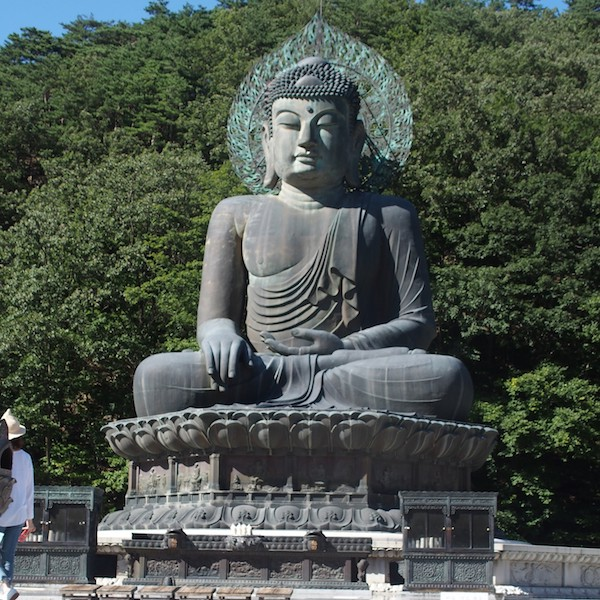 1989年に完成した「大統一大仏像」